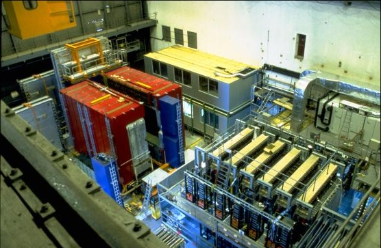 View of the NOMAD detector (in red) and the Chorus detector (in front)